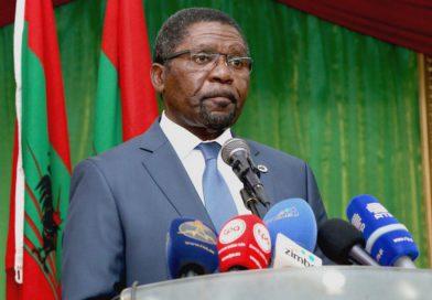 Isaías Samakuva pede referendo sobre autarquias em Angola