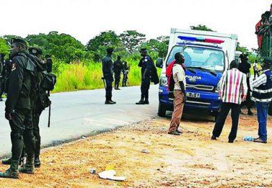 Mais de 180 mil congoleses saem de Angola após operação policial