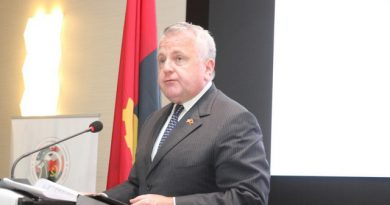 Subsecretário de Estado americano admite ajudar a recuperar fundos desviados de Angola