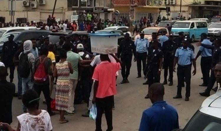 Friends of Angola exige responsabilização dos agentes envolvidos na brutalidade contra manifestantes