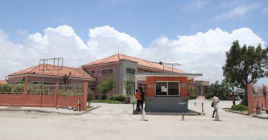 Incêndio reduz à cinza farmácia do Hospital Geral do Lobito