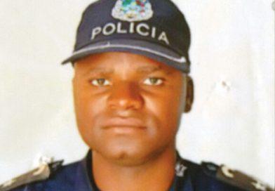 Chefe da Polícia de Ordem Pública assassinado a catanada por demente no município do Bocoio