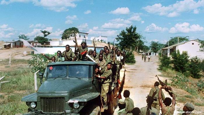 Cabinda: FLEC anuncia novos combates que terminaram com dez mortos