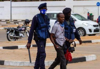 """Organização """"Ufolo"""" condena violação da liberdade de imprensa e detenção de jornalistas na última manifestação em Luanda"""
