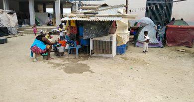 Famílias desalojadas nas Salinas em Benguela lamentam condições precárias que vivem há mais de seis meses