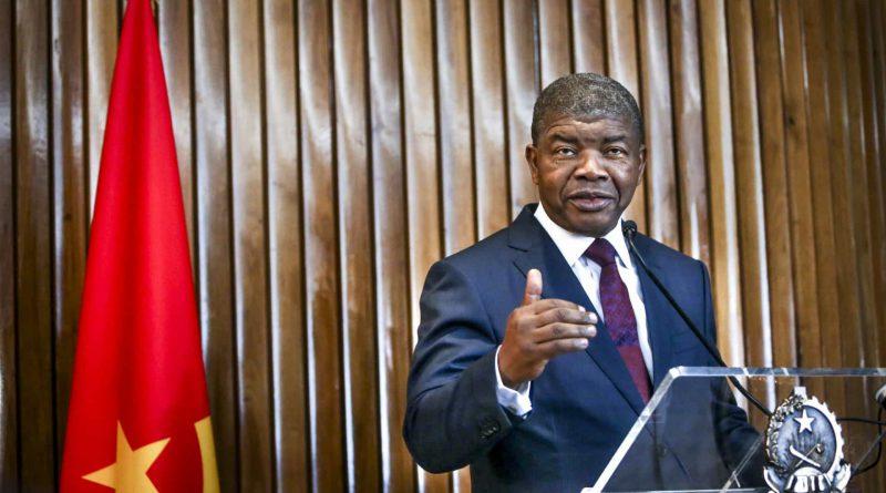 Angola: A um ano das eleições, especialistas analisam se o regime é democrático ou ditatorial