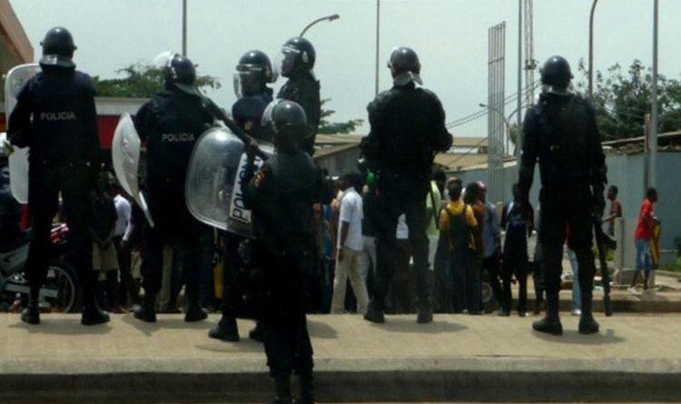 Juízes e procuradores manifestam-se em Luanda contra não aumento de salários