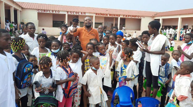 Falta de professores e carteiras nas escolas públicas preocupa população da Lunda-Norte