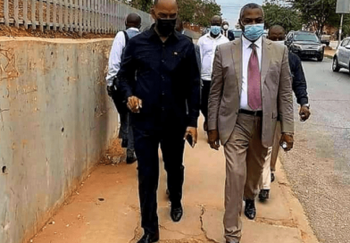 "Regime angolano ""aceita"" legalizar PRA-JA desde que Chivukuvuku abandone Frente Patriótica Unida"