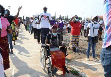 Fiéis da IURD em Angola clamam pela reabertura dos templos encerrados pelo Estado