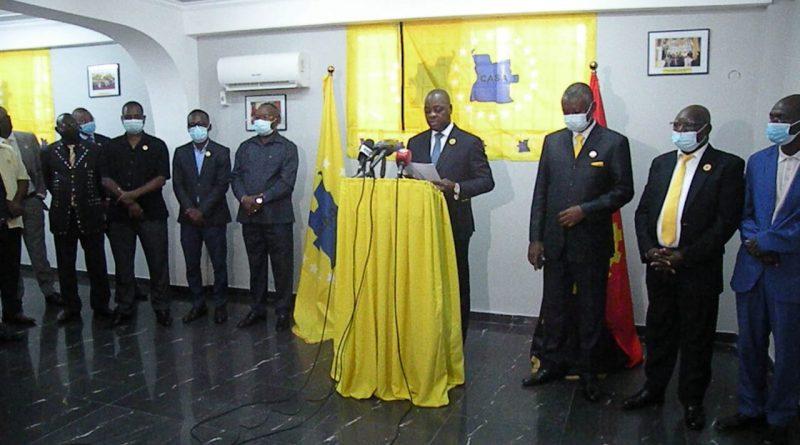 """Líder da CASA-CE diz que manipulação da imprensa pública pelo MPLA gera """"intolerância política"""" no país"""